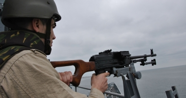 Foto : Pe cine ar trebui să fie supăraţi maiştrii militari şi subofiţerii pentru nedreptăţile salariale?