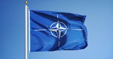 Ziua NATO la Constanţa. Ceremonie de ridicare a pavilionului NATO în portul militar Constanţa