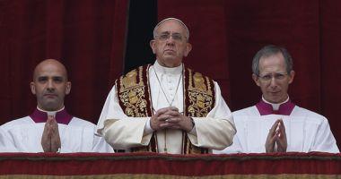 URBI ET ORBI: Papa Francisc îndeamnă la pace și reconciliere