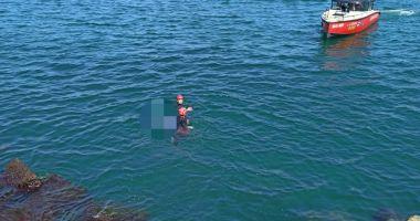 CADAVRU găsit între stabilopozi, în Portul Constanța