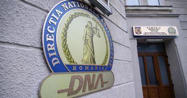 Un fost consilier al ministrului Transporturilor, trimis în judecată de DNA pentru trafic de influență