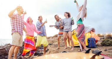 Beach-barurile din Vama Veche, doar cu muzică ambientală, pentru a nu răspândi coronavirusul