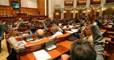 Deputaţii vor lucra săptămâna viitoare în circumscripţii