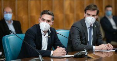 Valeriu Gheorghiță: Vor exista trei etape ale campaniei de vaccinare. Vor fi 850-900 de centre de vaccinare în ţară