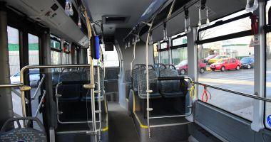 Autobuz RATC, atacat cu pietre! Adolescentul vinovat, recunoscut de părinţi în imaginile din presă
