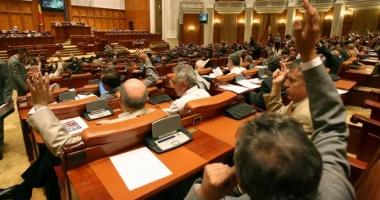 Se reuneşte Parlamentul. Care este motivul