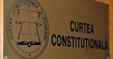 CCR amână sesizările AUR referitoare la Hotărârea Parlamentului privind învestirea Guvernului Cîţu