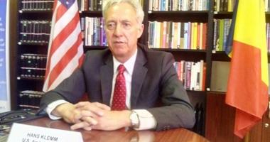 Ambasadorul SUA în România îndeamnă cetăţenii să iasă la vot şi laudă lupta anticorupţie