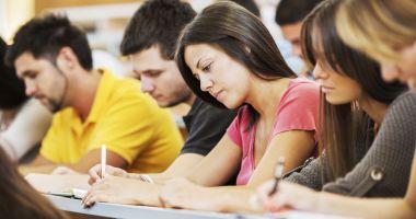 Ce soluții a găsit Ministerul Educației pentru rezolvarea problemelor studenților