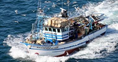LA UN PAS DE MOARTE! 14 pescari au trecut prin clipe de coşmar
