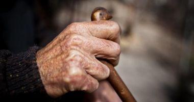 Avocatul Poporului s-a autosesizat în cazul vârstnicului bătut de îngrijitor