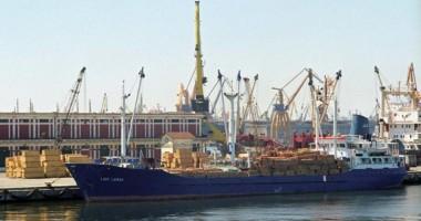 90 nave şi-au anunţat sosirea în porturile româneşti