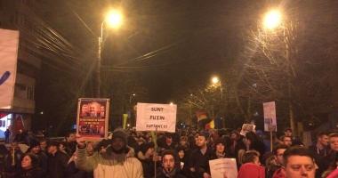 GALERIE FOTO / A CINCEA SEARĂ DE PROTESTE LA CONSTANŢA