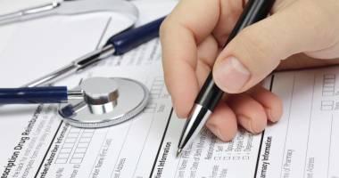 Reducere istorică a numărului de americani fără asigurări de sănătate
