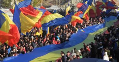 1 Decembrie, ZIUA NAŢIONALĂ a României.  LA MULŢI ANI, ROMÂNI!