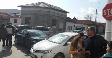 GALERIE FOTO. Accident rutier la Constanţa. Trei maşini,