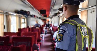 Razii ale polițiștilor de la Transporturi. Zeci de amenzi pentru cei care nu purtau măști în tren