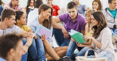 17 state încalcă Directiva privind studenții și cercetătorii din afara UE