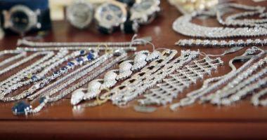A dat lovitura în Spania, dar a fost prins la Constanţa! A furat bijuterii de 4,7 milioane de euro