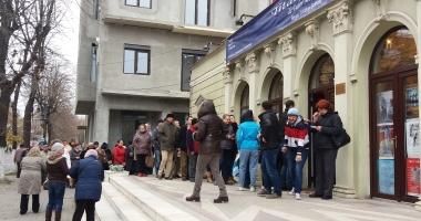 """REVOLTĂ la Teatrul de Stat Constanţa! Oamenii fac cale întoarsă: """"Nu se poate aşa ceva!"""""""