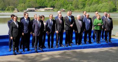 Summit Sibiu / Merkel, impresionată de cel mai mare muzeu în aer liber din Europa