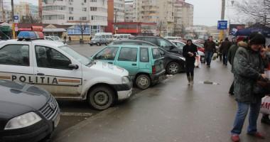 Cartier constănţean terorizat: o gaşcă de puşlamale a spart cinci maşini