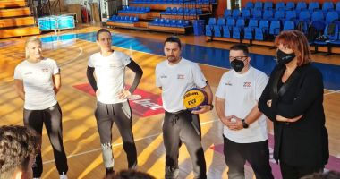 Staff-ul tehnic al BC Athletic Neptun, pregătiri cu lotul de juniori U16 al României