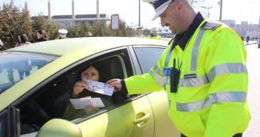 Poliţiştii vor oferi mărţişoare doamnelor şi domnişoarelor