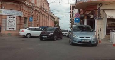 Atenţie, şoferi! O nouă stradă cu sens unic în centrul Constanţei!