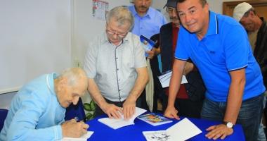 Traian Petcu, a treia lansare de carte. Următorul obiectiv: Muzeul sportului constănţean!