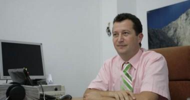 B�rh�lescu cheam� al�turi asocia�iile patronale �i profesionale pentru o nou� lege a turismului