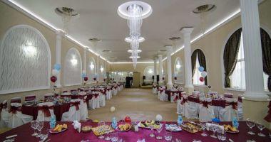 Terenul pe care se află restaurantul Sirena din Mamaia, pus la vânzare către proprietar