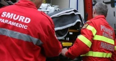 Accident grav în Cluj. O maşină s-a răsturnat în afara carosabilului!