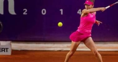 Tenis / Simona Halep a fost ELIMINATĂ în semifinalele turneului de la Stuttgart