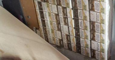 50.000 de țigarete de contrabandă, confiscate de vameși