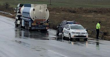 Accident rutier la Constanţa, după ce şoferul a pierdut controlul volanului