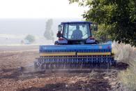 Agricultorii au acces la credite pe jumătate garantate