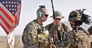 Atentat în Afganistan asupra unui convoi NATO. MAI MULŢI MORŢI!