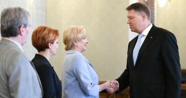 Klaus Iohannis a invitat-o pe Viorica Dăncilă la Cotroceni