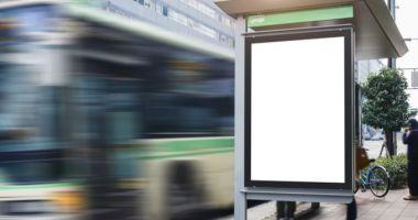 Femeie atacată în staţia de autobuz, la Constanţa! Tâlharul i-a smuls telefonul mobil