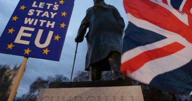 Meleşcanu: O ieşire a Marii Britanii din UE fără un acord ar crea probleme şi pentru cetăţenii români. Iohannis: Vom avea soluţii