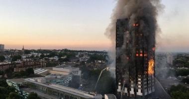 Marea Britanie / Cel puţin 34 de blocuri turn nu au trecut testele de siguranţă la incendiu