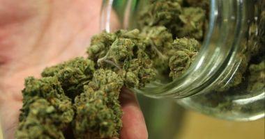 Tămâie înlocuită cu marijuana. Preotul și enoriașii au ajuns la spital