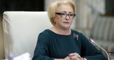 """Dăncilă: """"Regret că şedinţa solemnă a fost transformată de către preşedintele României într-un eveniment de campanie electorală"""""""