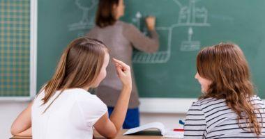 Zile libere pentru părinții de școlari! Iată în ce condiții