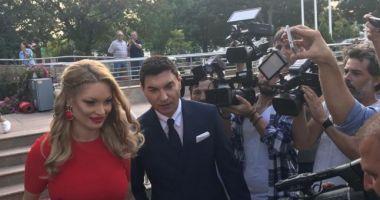 Valentina Pelinel şi Cristi Borcea s-au căsătorit şi vor deveni din nou părinţi, de gemeni