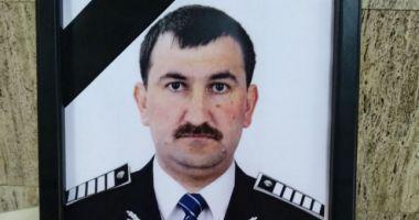 Poliţistul ucis de recidivistul dat în urmărire, înmormântat cu onoruri militare