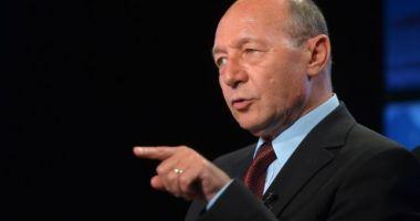Traian Băsescu a răbufnit pe Facebook:
