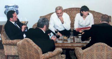 """Dragnea, despre poza cu el alături de """"statul paralel"""": cine stătea în capul mesei"""