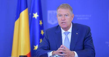 Klaus Iohannis face un nou apel la vaccinare: Dragi români, mergeţi şi vă vaccinaţi, să nu ajungeţi la spital